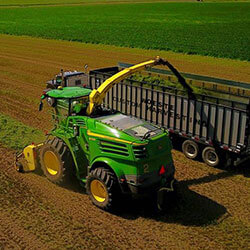 John Deere Chopper | Forage Harvesting
